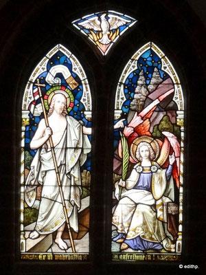 Fenster und Altar in der Unterkirche