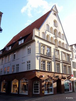 Kleine Bäckerstraße 19