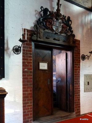 Tür zum Huldigungssaal