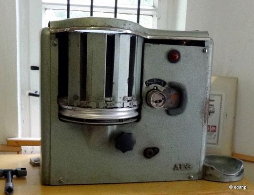 Schalter - Fahrkartendruckmaschine von AEG Typ EZT