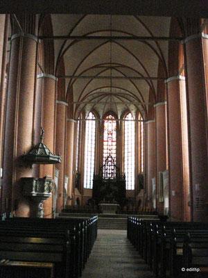 Innenraum der Hauptkirche