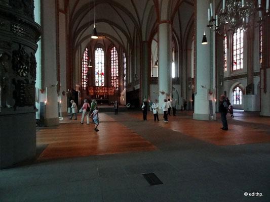 Während der Hansetage 2012 Hallenkirche ohne Bestuhlung