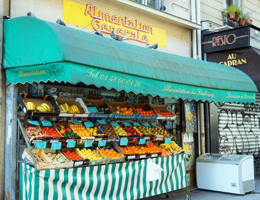Epicerie de quartier, rue du faubroug Saint Denis, 10ème