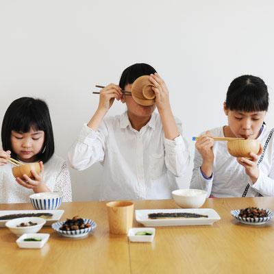 日本の食卓にしっくりく馴染むデザイン(同デザインのお色ナチュラルです)
