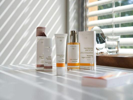 Produits bio pour le visage marque Hauschka, cosmetiques bio, marques cosmetiques nature, beaute bio, produits de beaute naturels bio