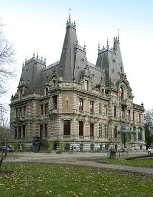 Château de Marbeaumont, médiathèque.