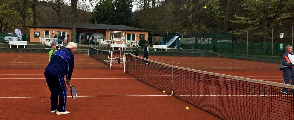 """""""Jung und Alt im Tennisdoppel"""", eröffnen die Bad Lauterberger Tennissaison 2017"""