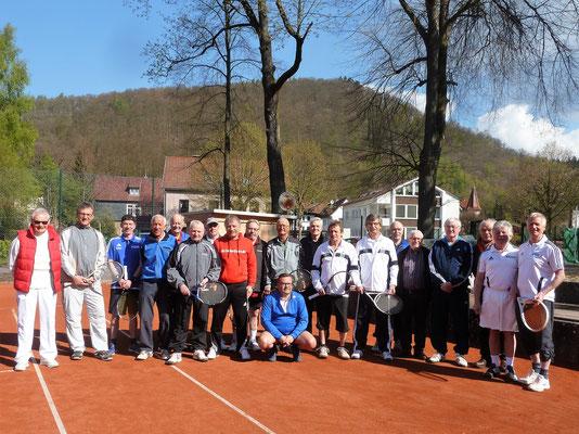 Harmonische Runde: Otto Herbst (links) und alle Teilnehmer.