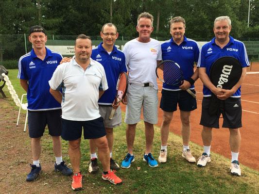 Bild v.l.: Hartmut Reinbender, Heiko Christoph, Michael Wald, Chris Brian, Ernst Kettler, Roland Stahl