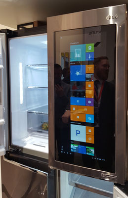 IFA Berlin -  LG Smart Fridge Réfrigérateur Windows 10