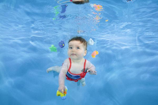 Babyschwimmen Nirvana Bild