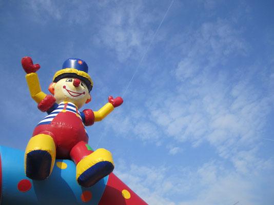 Clown in the air