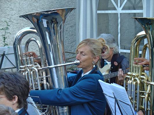 Carolina Ammann; Kölliker Beizlifest, Ständchen beim Gemeindehaus am 3. September 2010.