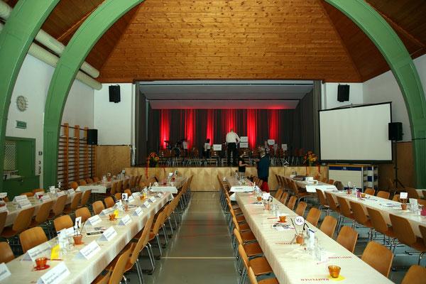 Jubiläumskonzert «125 Jahre MGK» 02.04.2016 MGK und MVU (D); Mehrzweckhalle Kölliken; Foto: Ruedi Hunziker, Atelier Lightning, Kölliken
