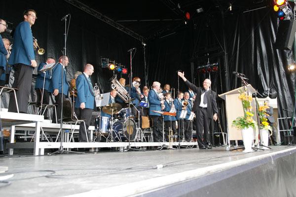 Kreiseleinweihungsfest «Sonnelkreisel» 20. Juni 2009; Foto: Ruedi Hunziker, Atelier Lightning, Kölliken