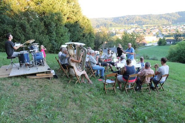 70. Geburtstag Lui Huber; Openair Konzert am 26. August 2016 in Walterswil; Blick auf Safenwil