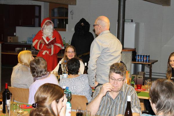 Sankt Nikolaus Lorenz Halder und Schmutzli Sämi Wälty, Hansjörg Ammann; Jahresschlusshock 05.12.2015 Matte Holziken
