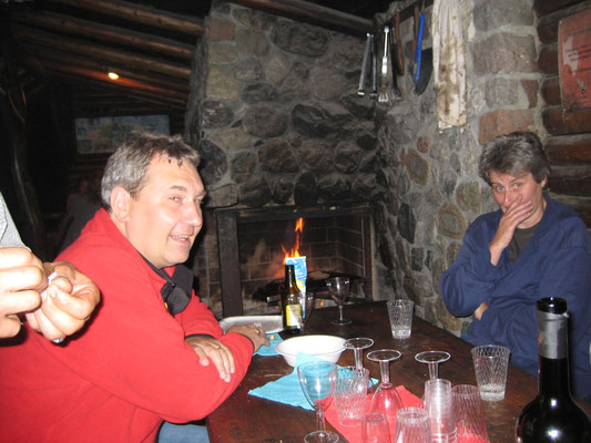 Albert Furrer, Elisa Landis (Kassierin); Bräteln 2. Juli 2012 Waldhütte Salamander Kölliken