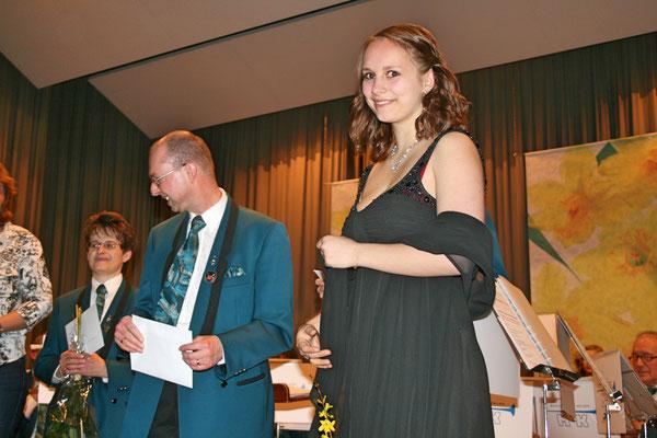 Ehrendame Flavia Zeltner; Jahreskonzert 26. März 2011 Mehrzweckhalle Kölliken