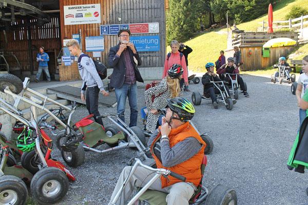 Musikreise 23. und 24. September 2017 nach Elm GL, Fläsch GR, Taminaschlucht SG; Abfahrt mit Mountaincarts vom «Ämpächli» (Bergstation) zur Talstation der Elmer Sportbahnen