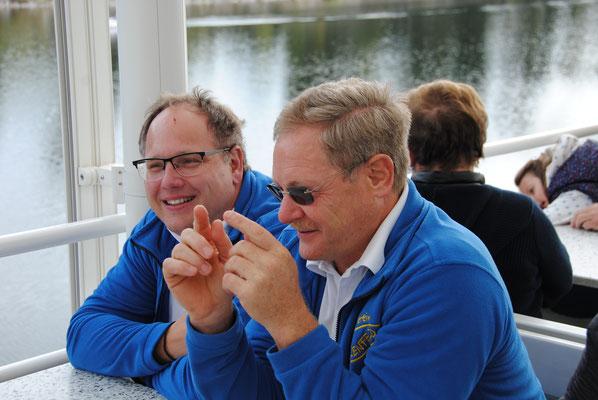 Ausflug mit dem MVU 22. September 2019; Schifffahrt auf dem Schluchsee; Hartmut Mayer (links), Richard Behringer