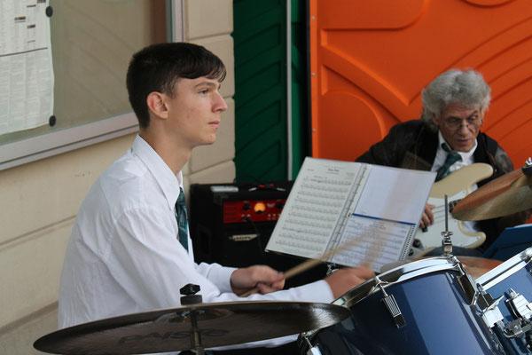 Claudius Ammann, Schlagzeug; Beizlifest Kölliken 8. September 2012, Ständchen beim Gemeindehaus