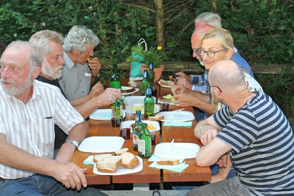 """Grillieren beim """"Froschebrönneli"""" Kölliken am 3. Juli 2017"""