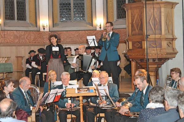 Kirchenkonzert mit dem Jodlerklub 9. Dezember 2018; «De Trompeter» Regula Kiechle, Martin Flury (Handorgel), Daniel Widmer (Trompete)