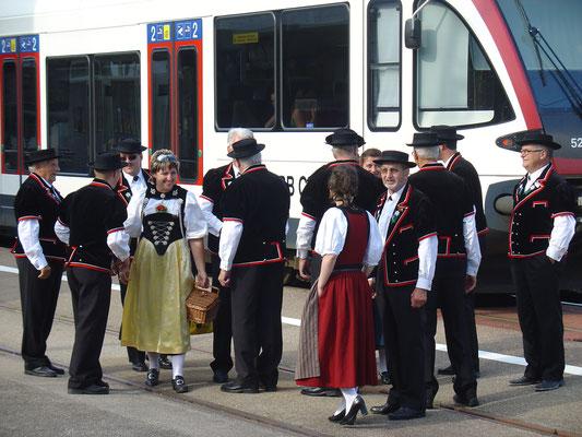 Rückkehr der Jodler vom «Eidgenössischen» am 28. Juni 2008, Bahnhof Kölliken