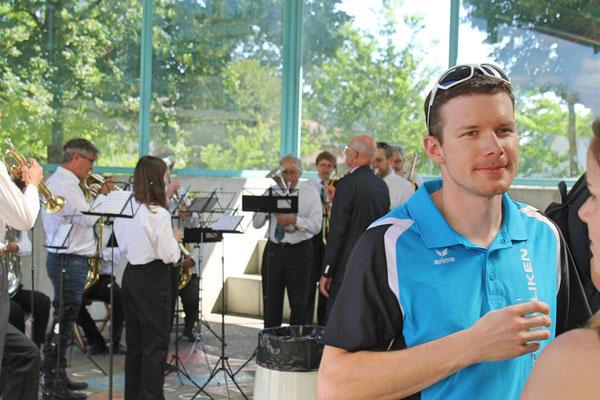 Empfang der Turner vom Eidg. Turnfest Bahnhof Kölliken 23. Juni 2019; Apero beim Schulhaus; Martin Heeb (TV)