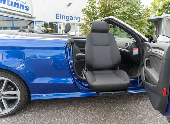 Behindertengerechter Audi A3 Cabrio Beifahrerumbau