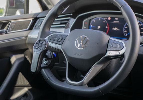 behindertengerechter Volkswagen Passat Kombi Selbstfahrerumbau
