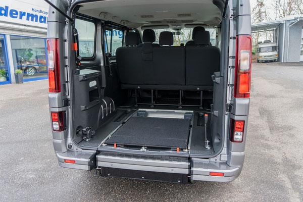 Behindertengerechter Fiat Talento Beifahrerumbau mit Heckeinstieg