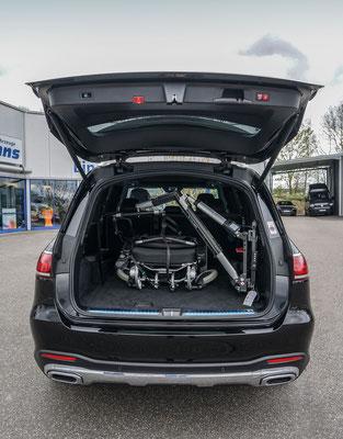 behindertengerechter Mercedes-Benz GLS 350 D 4-matic mit Verladekran