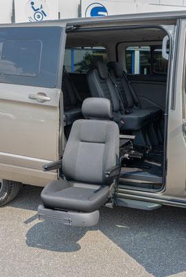 Ford Tourneo Custom Beifahrerumbau