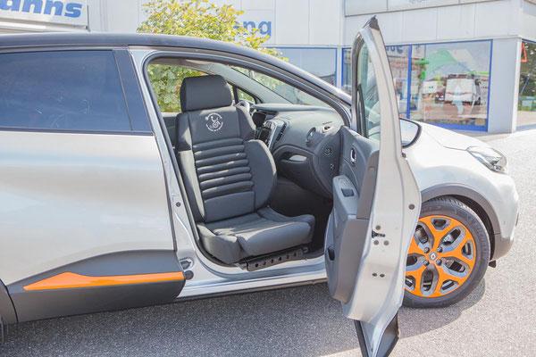 Renault Captur Selbstfahrerumbau Rollstuhl Verladesystem Sodermanns