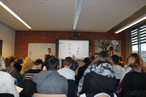 Schülerkurs an der Georg-August-Zinn-Schule Dezember 2015 / Merktechniken