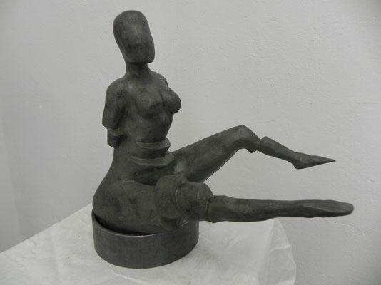 """""""Tranche de femme""""  vert bronze sur socle d'acier    28cm / 30cm      180 euros"""