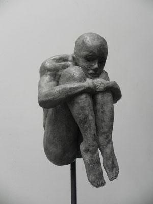 """""""Réflexion""""   gris bronze     25cm     sur socle béton tige acier haut 106cm        450 euros"""