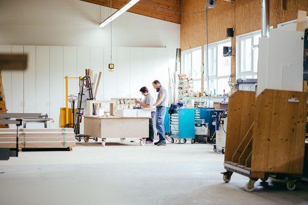 Karriere bei Wienss Innenausbau GmbH - Welzheim, Schreiner / Schreinermeister (m/w) - Produktionshalle
