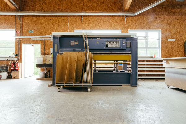 Karriere bei Wienss Innenausbau GmbH - Welzheim, Schreiner / Schreinermeister (m/w) - Fertigung
