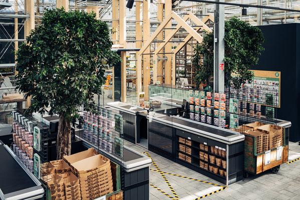 Wienss Innenausbau GmbH - Innenausbau, Objektbau, Museumsbau - hier: Gartenmuseum Lennestadt - www.wienss-innenausbau.de - Ansicht Kassenbereich