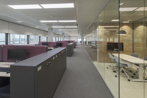 Umbau GENO Haus Stuttgart - Wienss Innenausbau GmbH - offene Büroarchitektur, Open- & Coworking-Atmosphäre