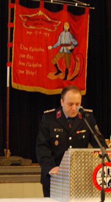 Stadtbrandmeister bei der Rede