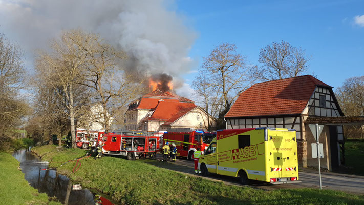 Dachstuhlbrand (F3) 04.2021