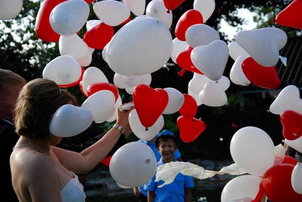 Mr. Balloni.ch, Hochzeit, Liebe, Explosion, Expoloderballon, Herzen