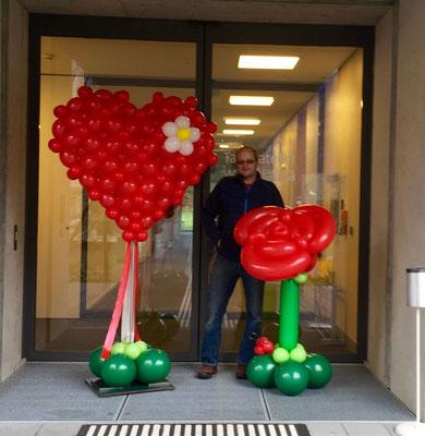 Mr.balloni. ch, Dekoration,  Geschenk, Geburtstag, Ballonrose, Präsent, Muttertag, Herz, großes Herz
