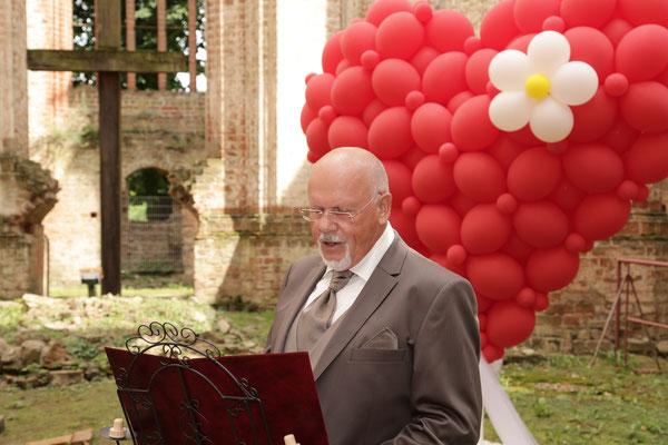 Mr. Balloni.ch, Hochzeit, Liebe,  Herz, Ruine