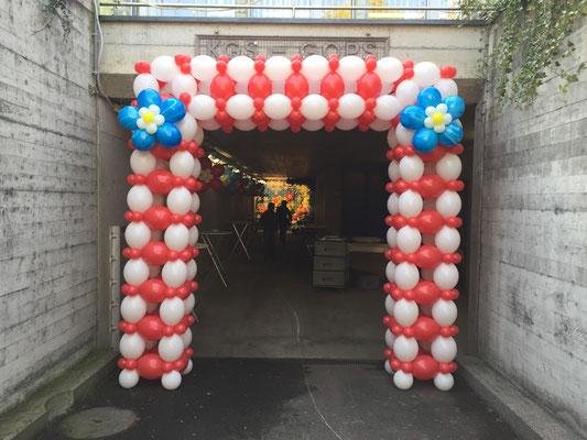 Mr. Balloni.ch,  Raumdeko, Ballonblumen, Dekorationen,Phantasie, Fantasie, Überraschung, Verwandlung, Türdekoration, Durchgang