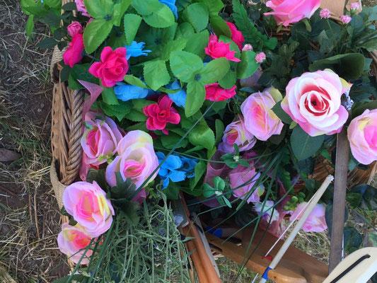 Der Schmuck zum Rosenfest